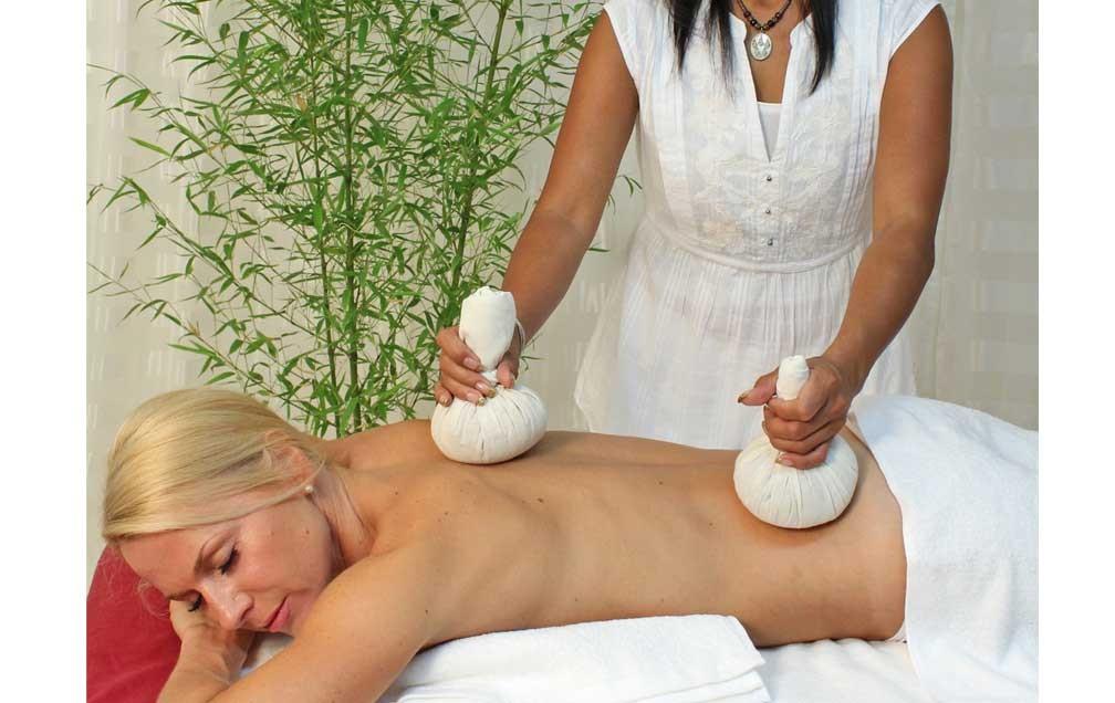 Thai Herbal Body Compress Balls 01